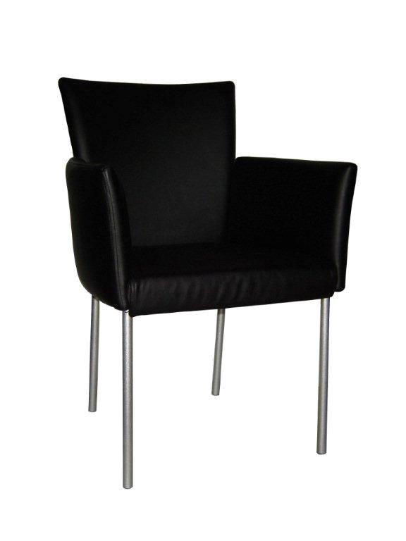 כורסאות - מרכז השולחן והכסא